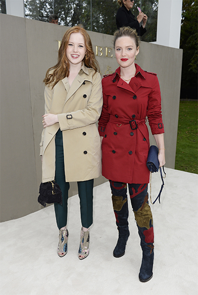 B3Ellie Bamber and Holliday Grainger wearing Burberry to the Burberry Womenswear S S16 Show